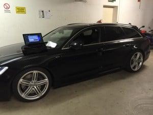 Audi A6 4G Elektronische Fahrzeugtieferlegung Luftfahrwerk